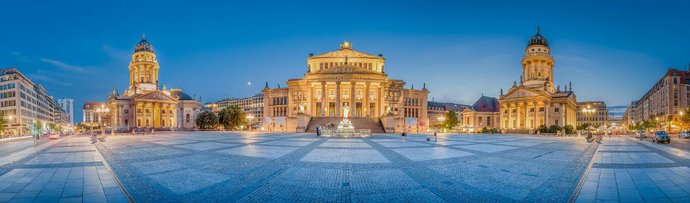 Bring the family to Berlin