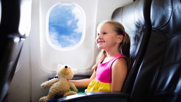 How to Entertain Kids on Long Haul Flights